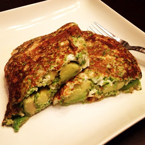Ripped recipes avocado stuffed asparagus egg white omelet avocado stuffed asparagus egg white omelet forumfinder Images