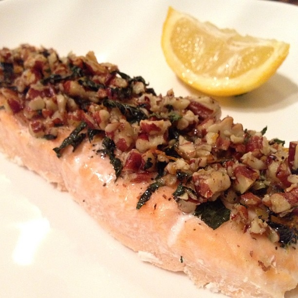 Ripped Recipes - Pecan-Mint Crusted Salmon