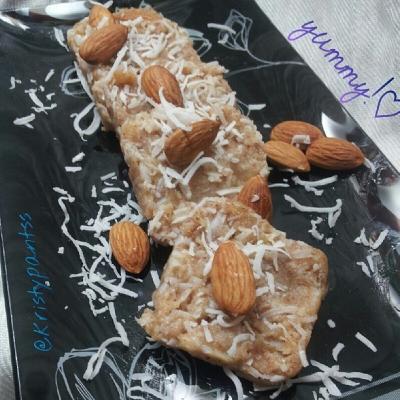 Almond - Coconut Freezer Bars