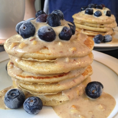 Apple and Cinnamon Pancakes With Hot Cinnamon Peanut Butter Sauce