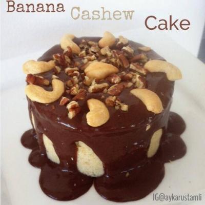 Banana Cashew Cake