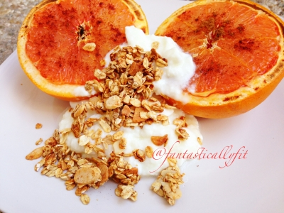 Broiled Grapefruit With Nf Greek Yogurt & Granola