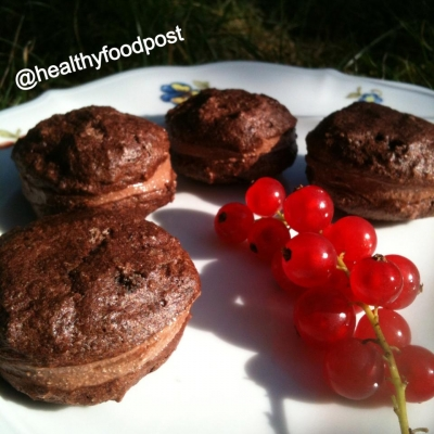 Chocolate Macarons With Chocolate Filling