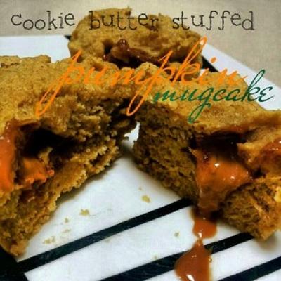 Cookie Butter Stuffed Pumpkin Mugcake