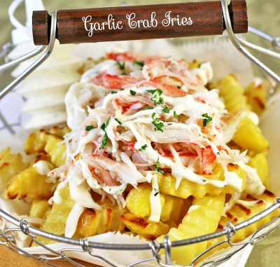 Garlic Crab French Fries With Aioli Sauce