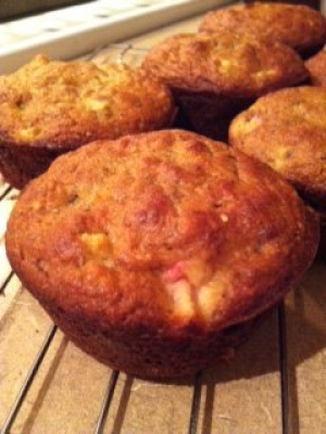 Paleo Rhubarb Muffins