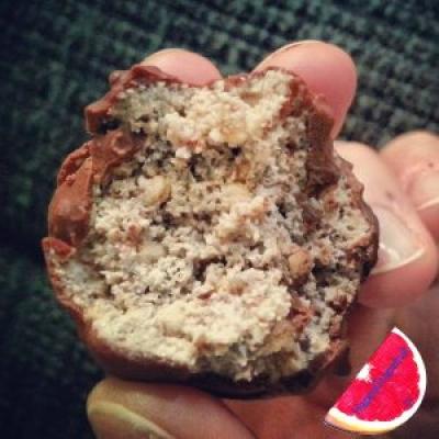 Olate Covered Crunchy Pecan Praline Balls With Quinoa