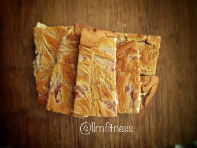 Peanut Butter Jelly Protein Bars