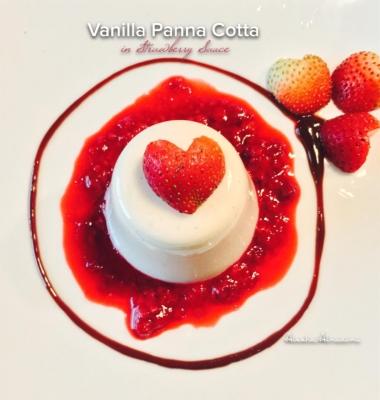 Protein Panna Cotta In Strawberry Sauce