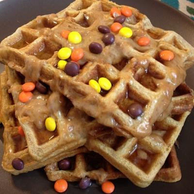 Pumpkin Cake Protein Waffles