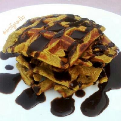 Pumpkin Pie Protein Waffles
