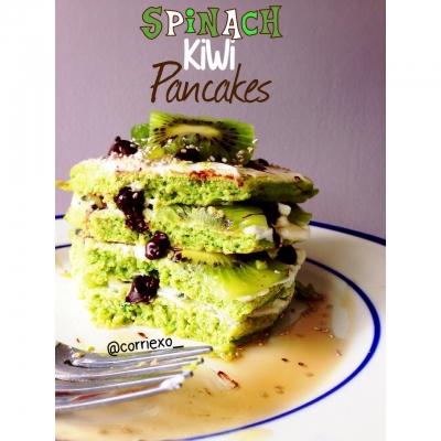 Spinach Kiwi Pancakes
