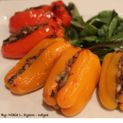Stuffed Mini Peppers With Hummus