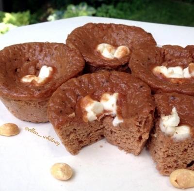 Stuffed Peanut Butter Marshmallow Protein Muffins