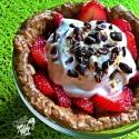 Yogurt-Filled Oaty Almond Butter Bowl